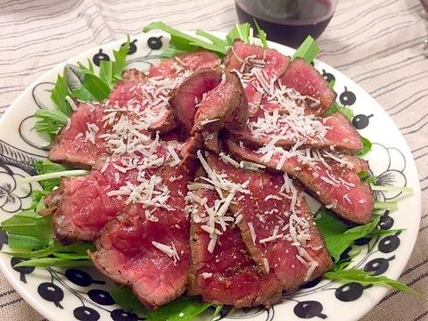 牛肉のたたき☼パルメザンかけ