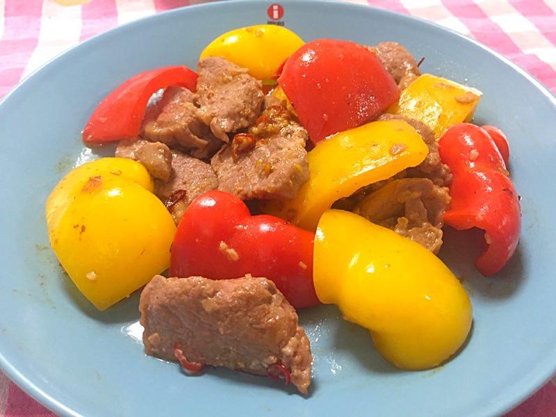 ラム肉とパプリカの炒め物☼