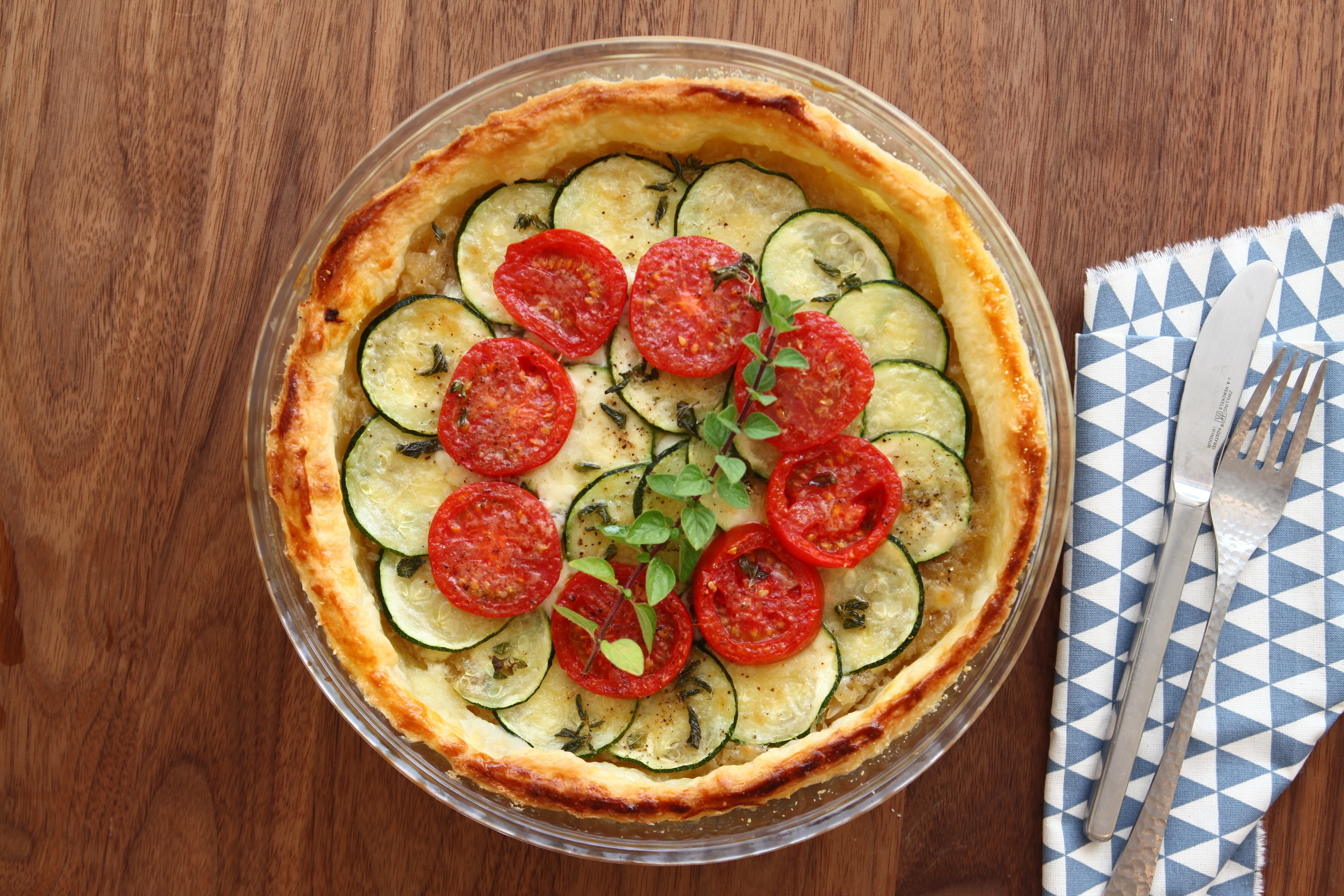 おもてなし!トマトとズッキーニの丸パイ☼