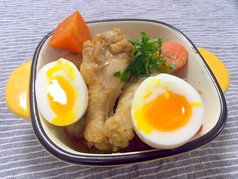 手羽元と半熟卵の黒酢煮❀