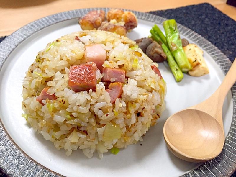 燻製ベーコンでネギ炒飯✧