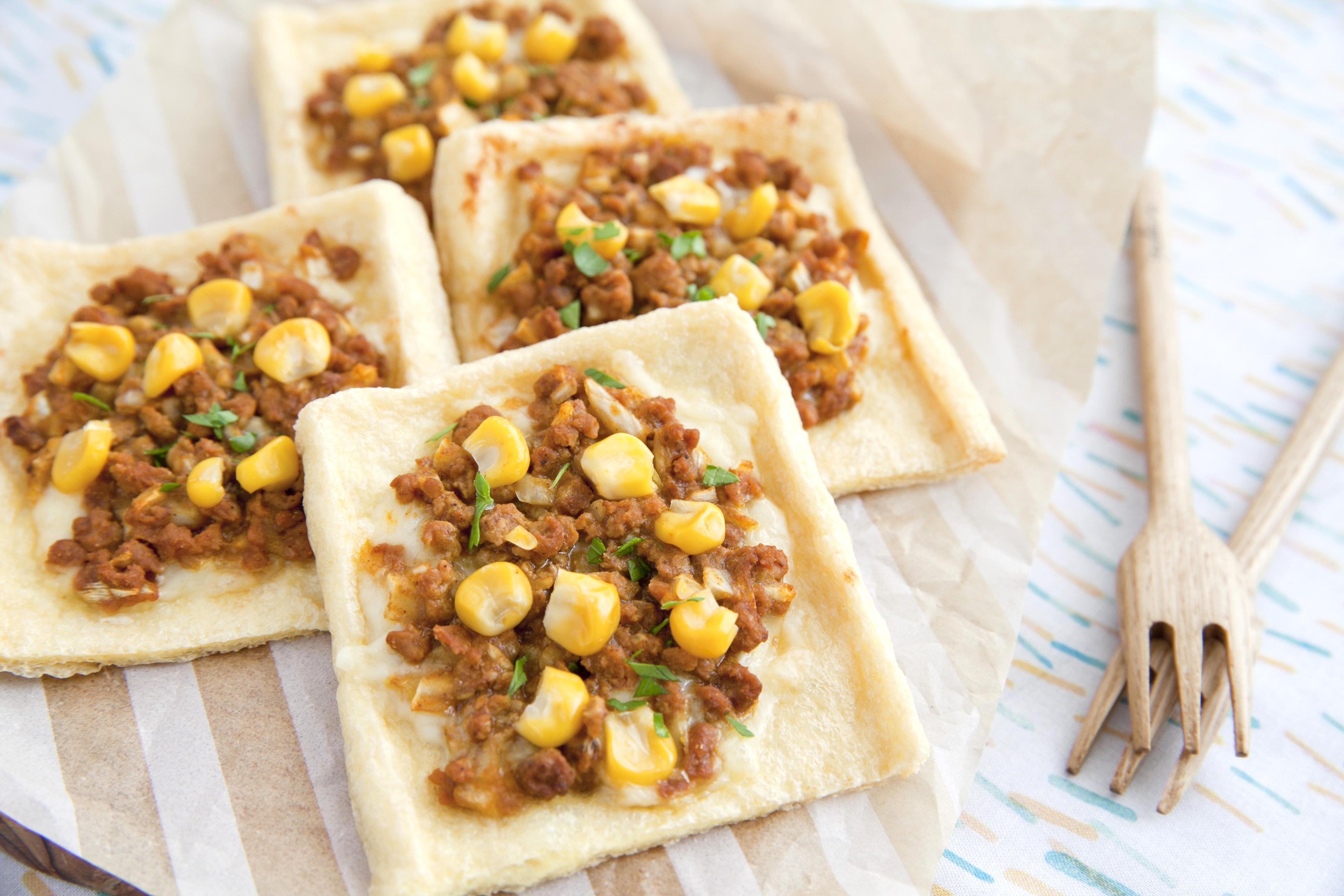 【マルコメレシピ】糖質控えめ料理!大豆のお肉で油揚げカレーピザ