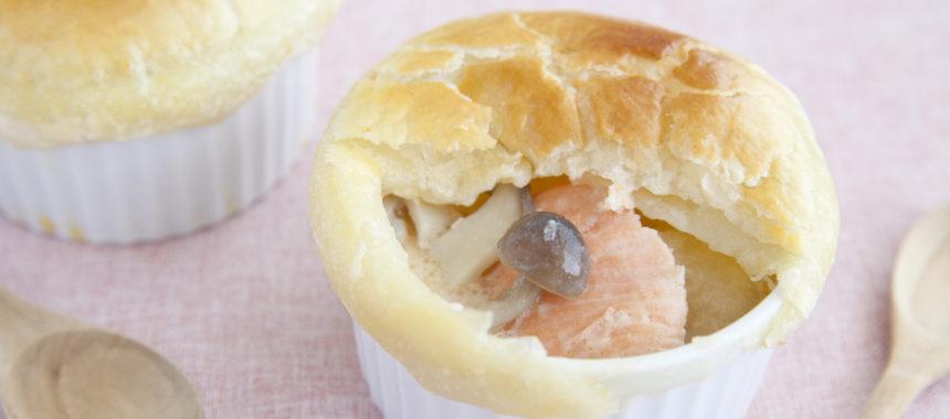 鮭ときのこの甘酒ポットパイ