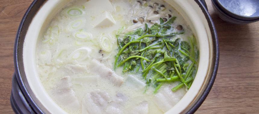 塩豚とせりの豆乳鍋