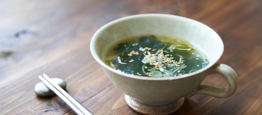 簡単おいしい、わかめスープ