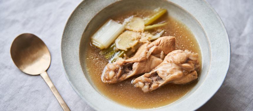 【太陽のマルシェレシピ】烏龍茶で、鶏の薬膳スープ