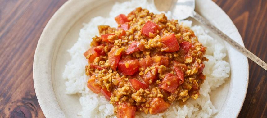 【「カルピス」レシピ】トマトキーマカレー