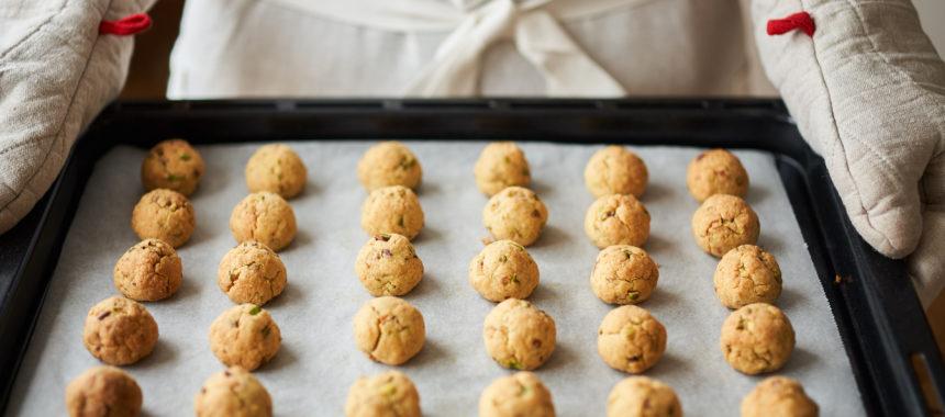 ピスタチオボールクッキー